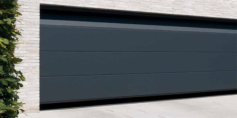 L Ribbed Sectional Garage Door in anthracite grey